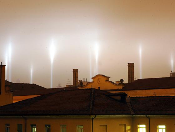 lampi di luce sui tetti ok 0033